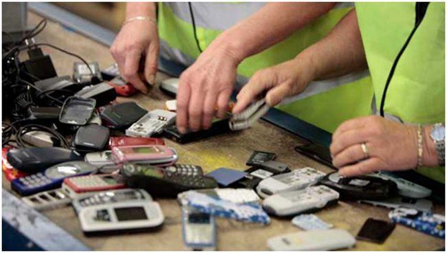 Разборка сотовых телефонов