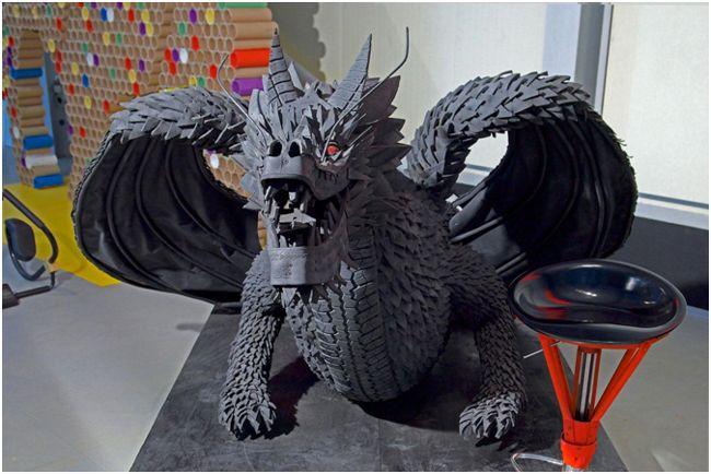 дракон из шин