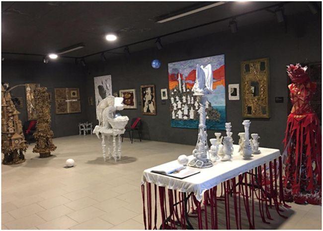 музей мусора Белая лошадь