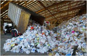 выгрузка пластиковой тары