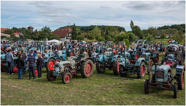 выставка тракторов